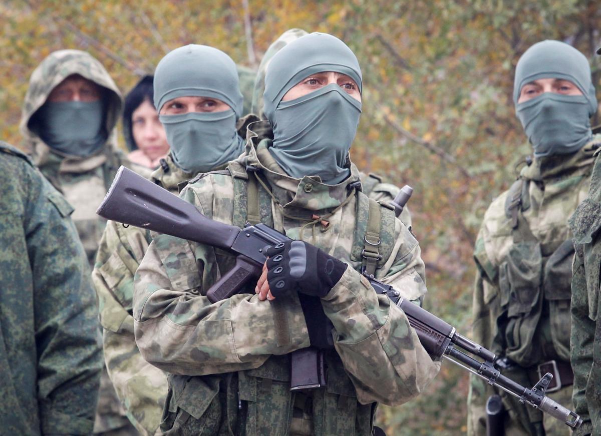 Бойовики на Донбасі продовжують порушувати режим тиші/ фото REUTERS