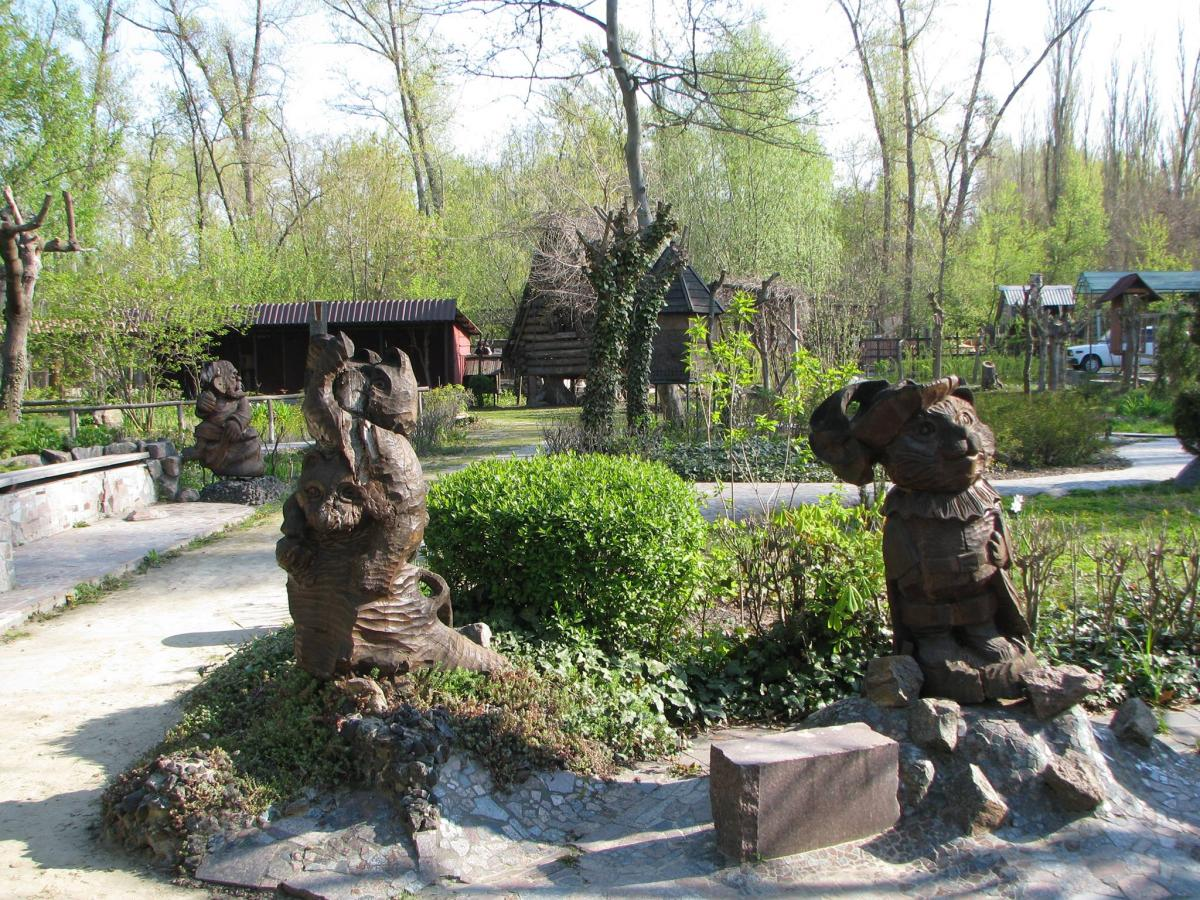 """Парк """"Казкова діброва"""" в Новій Каховці / Фото Facebook-сторінка парку"""