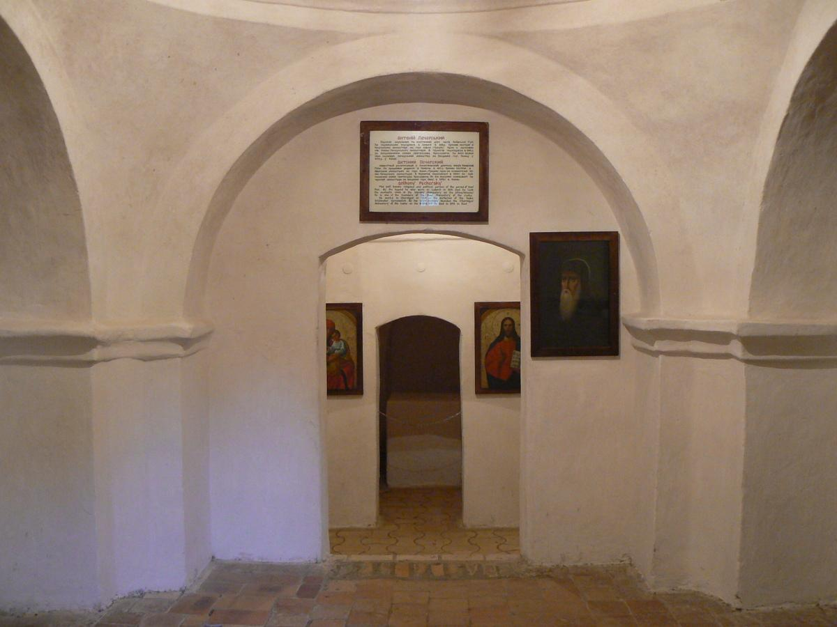 Преподобний Антоній Печерський є одним із засновників пам'ятки архітектури / фото заповідник «Чернігів стародавній»
