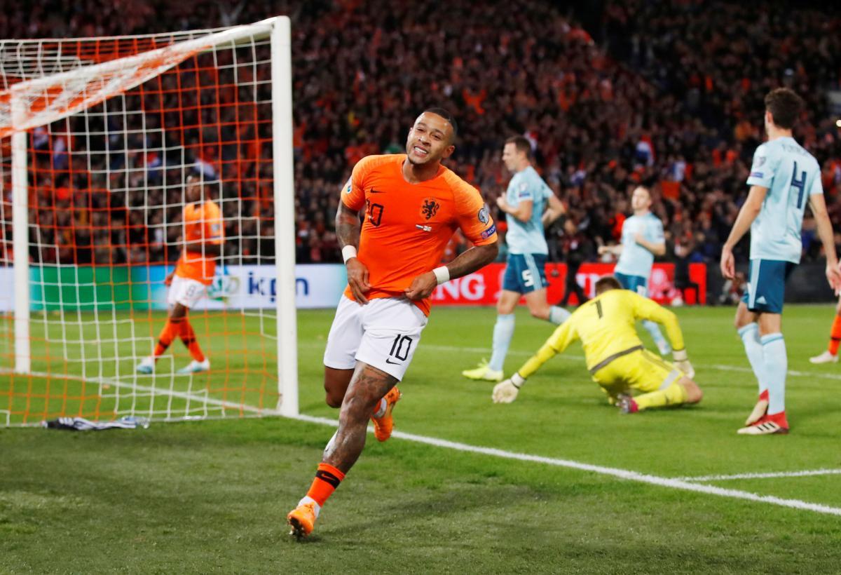 Нидерланды - Северная Ирландия / REUTERS