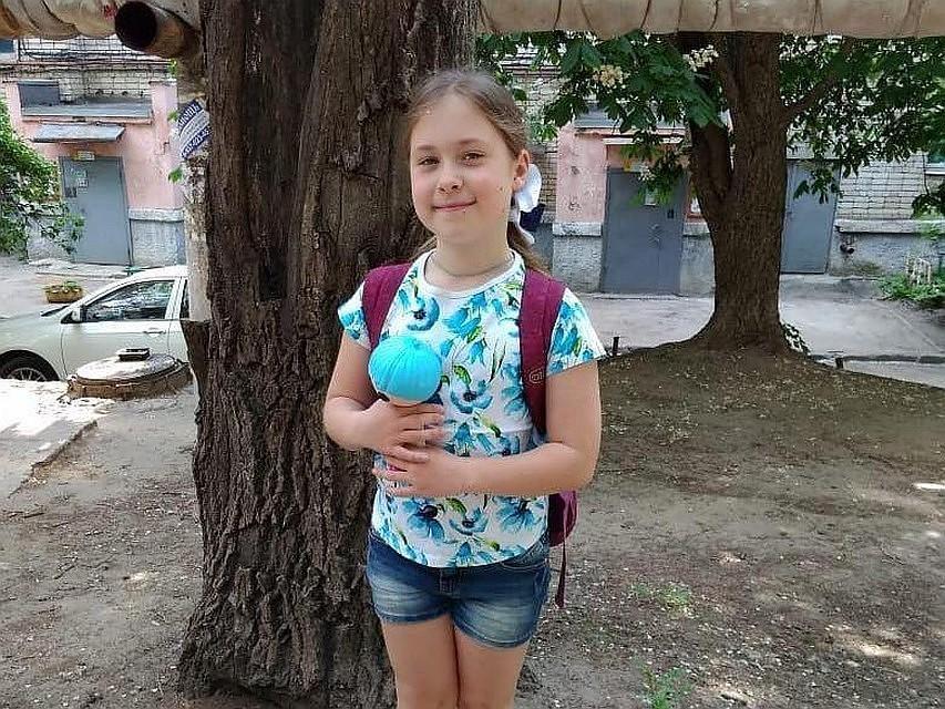 Подозреваемого в убийстве Лизы Киселевой вывели из гаражей в маске/ saratov.kp.ru