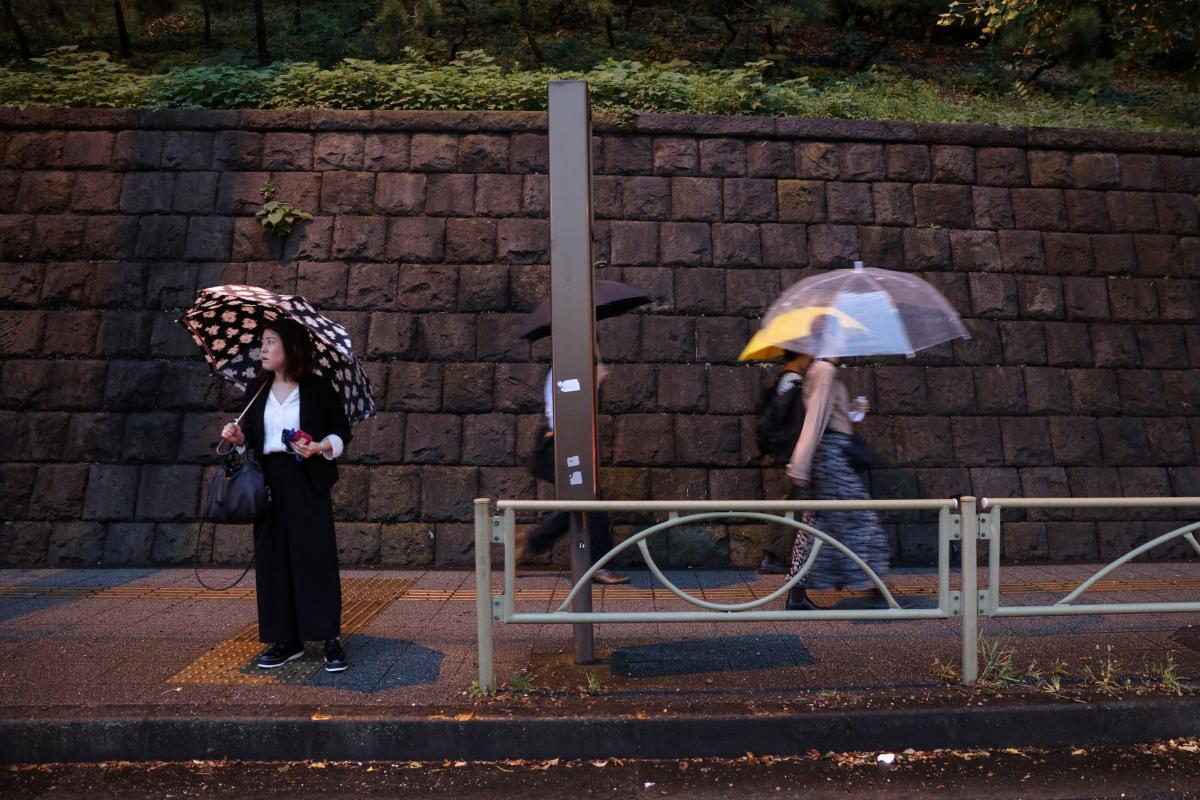 Япония готовится к удару тайфуна / REUTERS