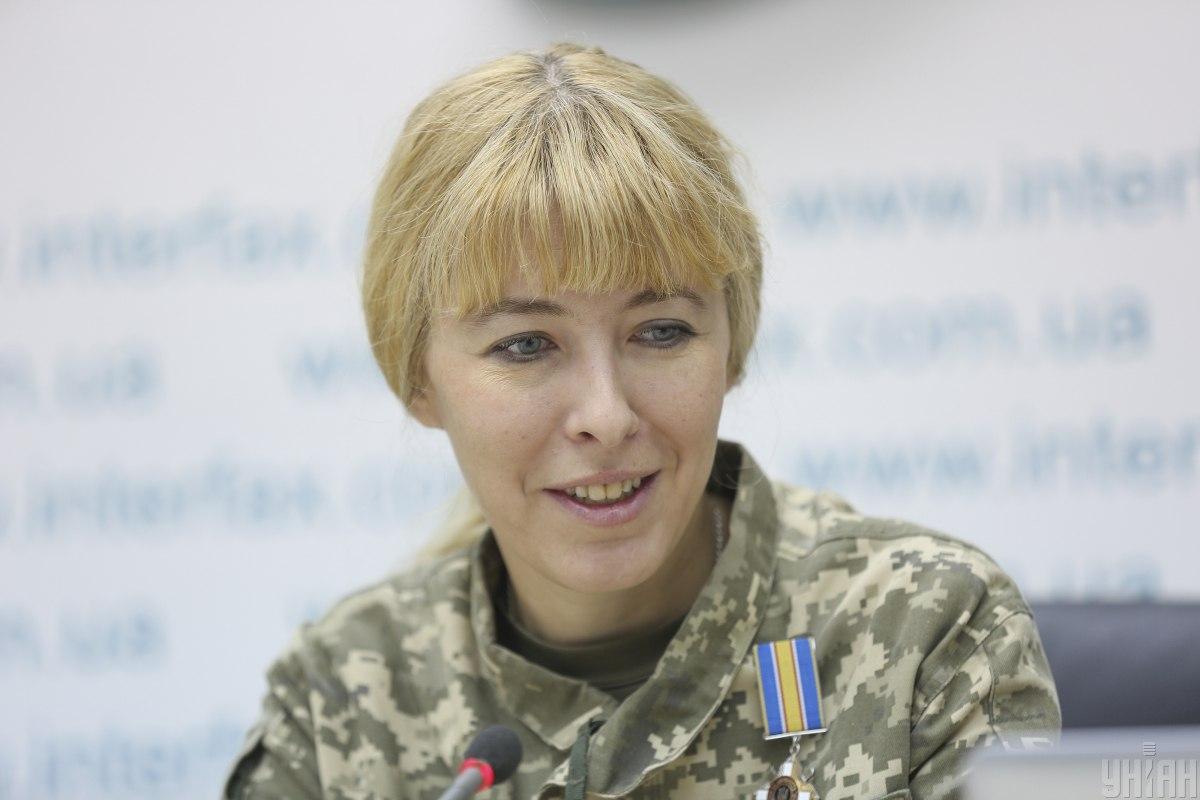 Белозерская: Офицеры вместо боевой подготовки занимаются бумагами / фото УНИАН