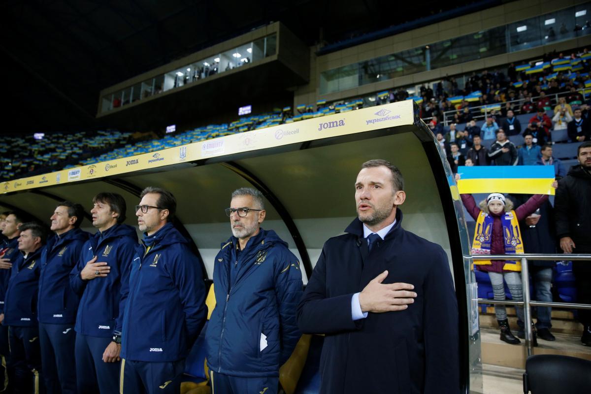 Тренерский штаб сборной Украины / REUTERS