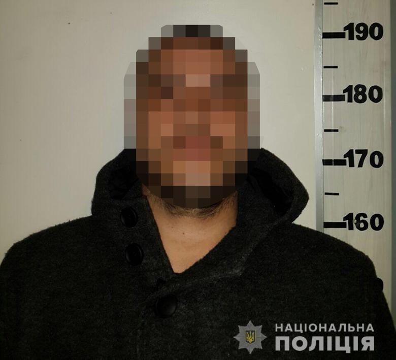Киевлянина задержали у него же дома / полиция Киева