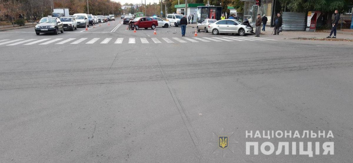 В результате страшного ДТП в Харькове пострадал полуторагодовалый ребенок / фото facebook.com/police.kharkov