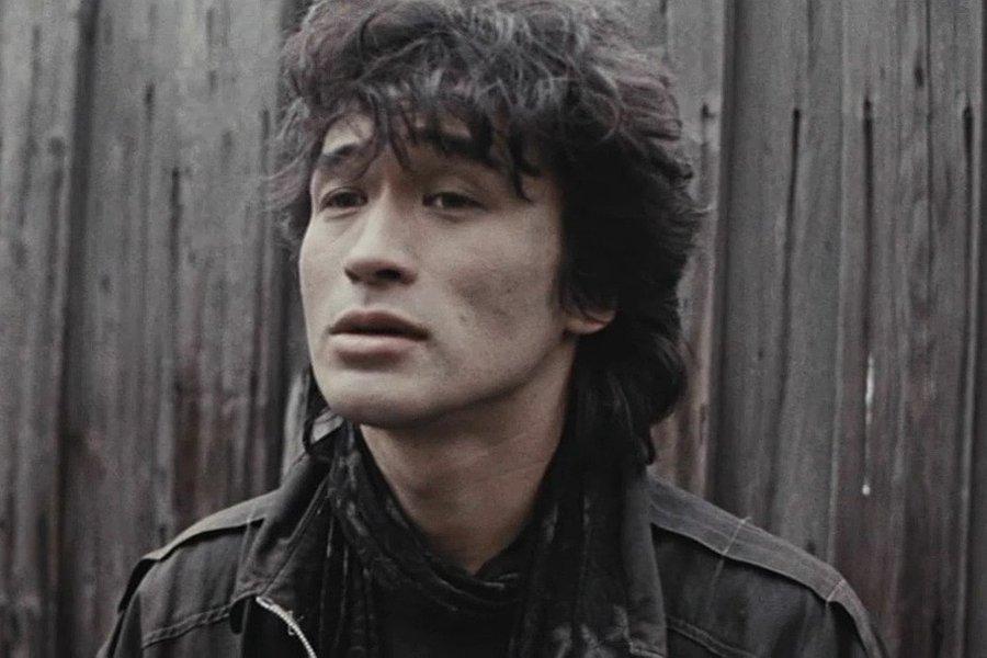"""Лідер групи """"Кіно"""" Віктор Цой загинув в автокатастрофі влітку 1990 року"""