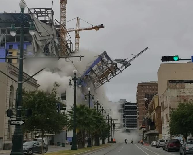 На юге США обвалился недостроенный отель / Скриншот - Youtube, WWLTV