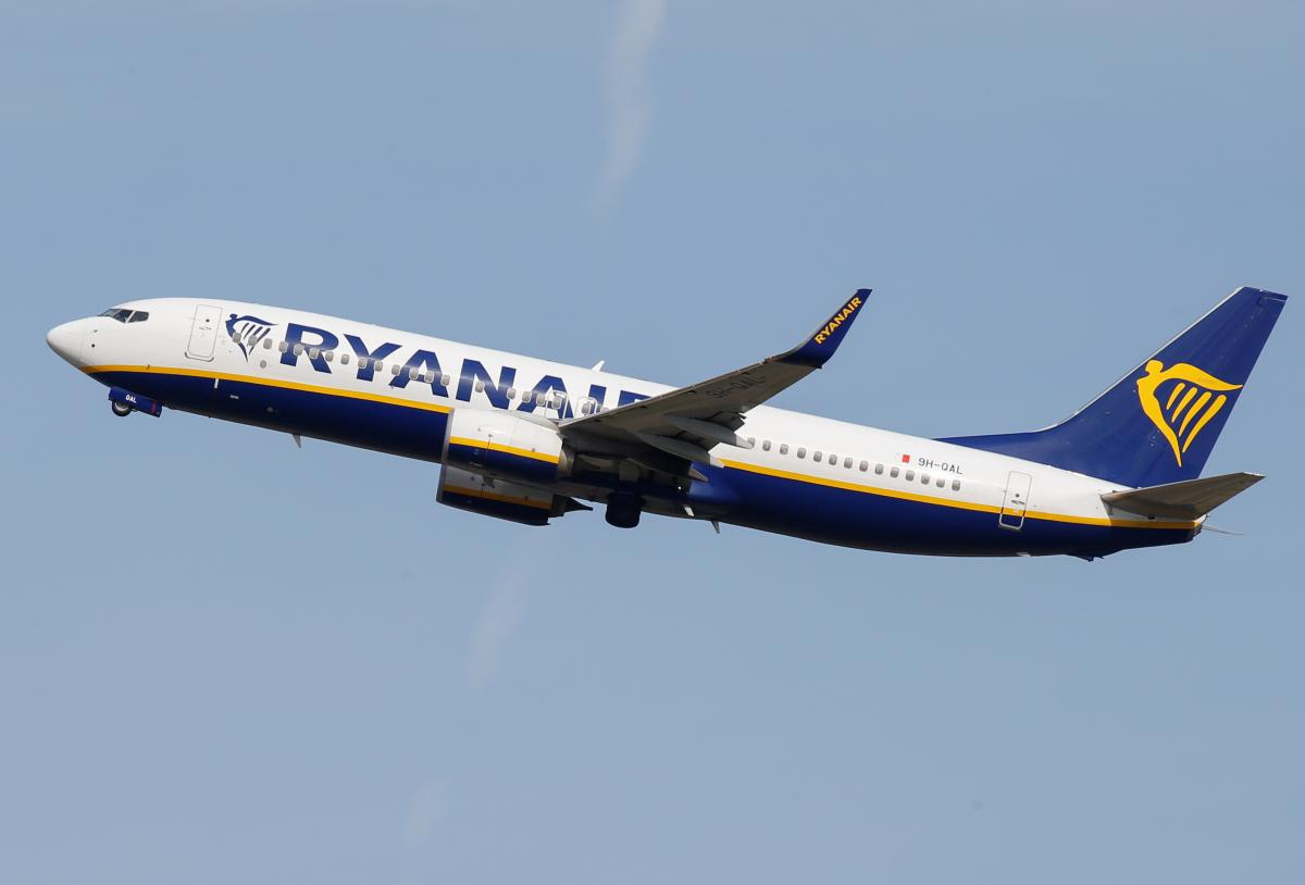 Ryanair скасовує штрафи за зміну квитка у жовтні-листопаді/ REUTERS