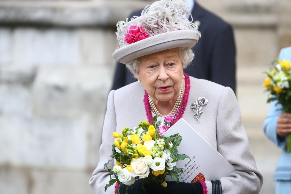Елизавета II начала выпускать свой алкоголь / фото REUTERS