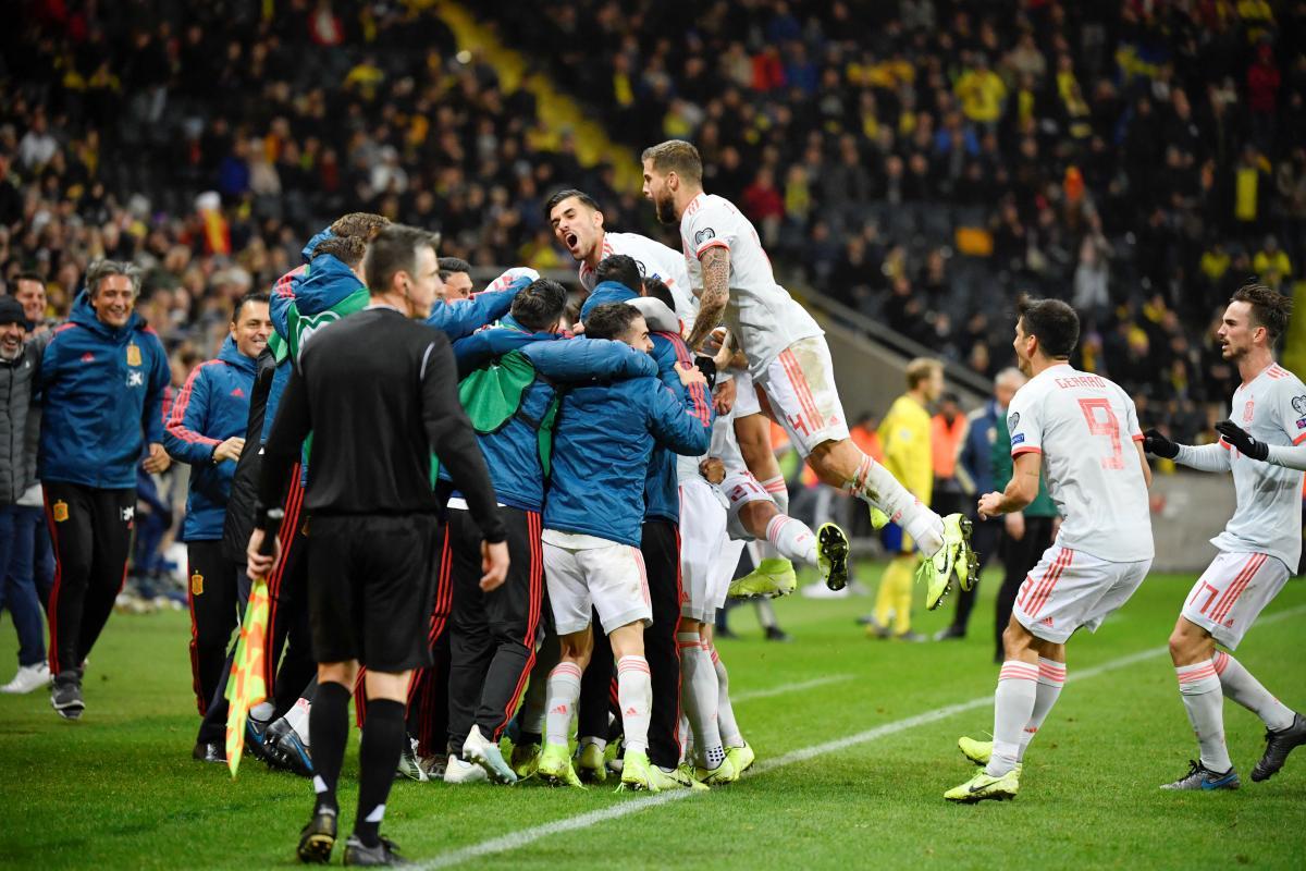 Іспанці уникли поразки / REUTERS
