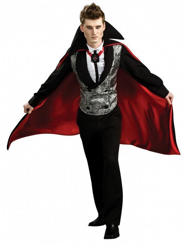 Костюм вампир никогда не выйдет из моды