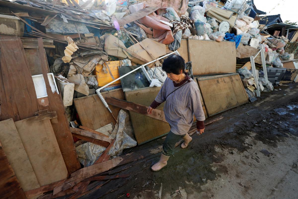 Наслідки тайфуну в Японії / REUTERS