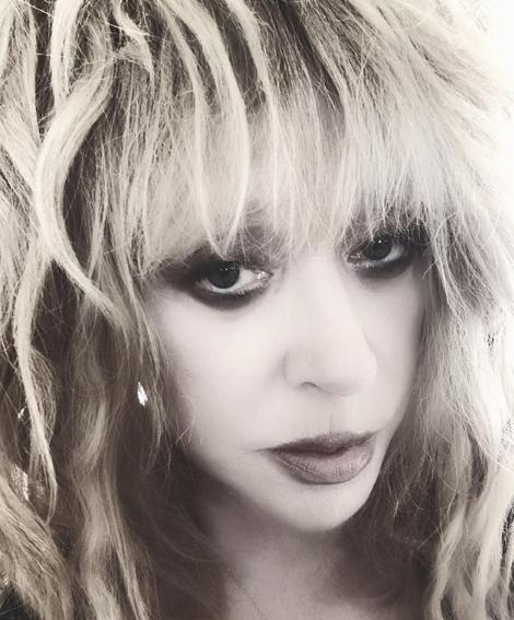 Пугачова обрала для кадру яскравий макіяж / instagram.com/alla_orfey