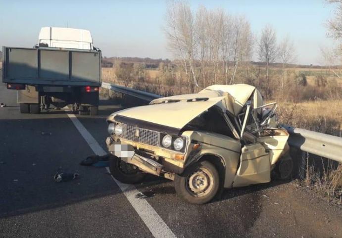 В результате ДТП погиб 29-летний водитель легковушки / facebook.com/police.kharkov
