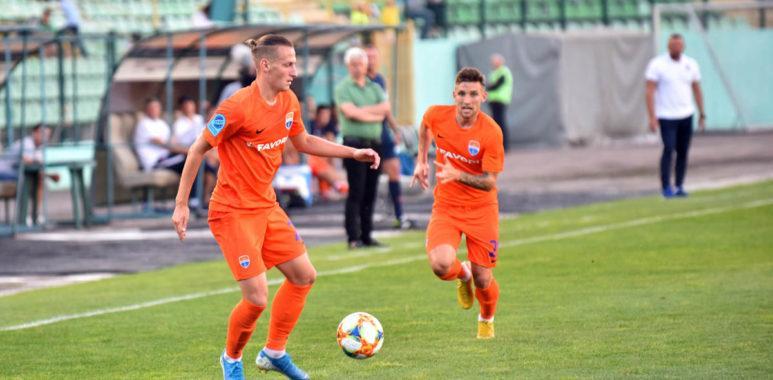 Мариуполь забил единственный мяч в конце поединка / фото: upl.ua