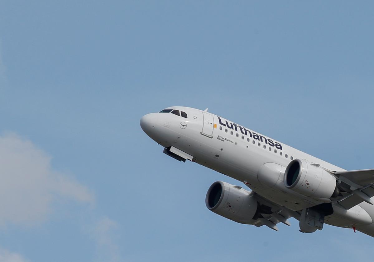 Самолет должен был вылететь из Минска в 14:20/ иллюстрация REUTERS