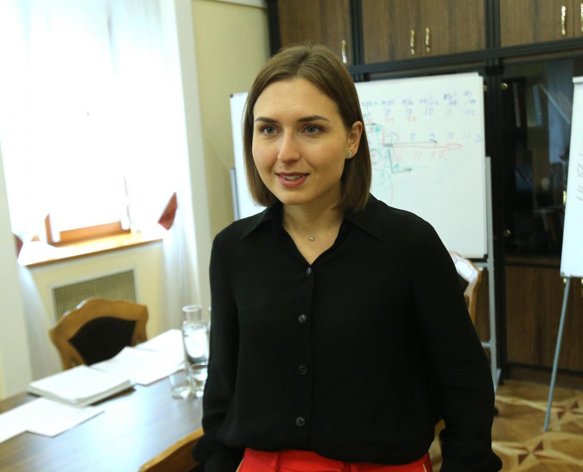 МОН работает над увеличением срока экспертизы и подготовки учебников до двух лет / фото УНИАН