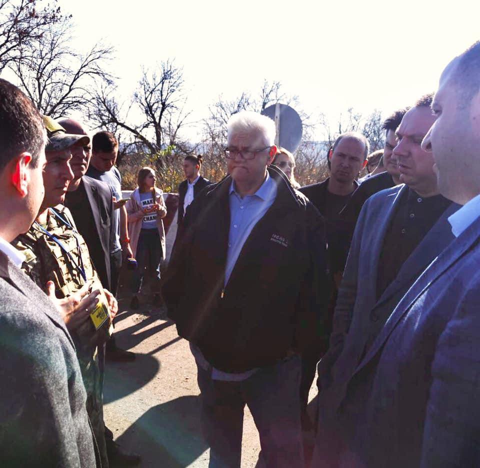 Члены делегации в течение пяти дней будут общаться с жителями Донбасса / facebook.com/sivokho