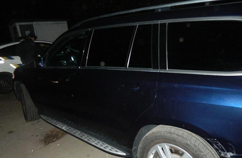 Після катання чоловік повернув автівку значно пошкодженою / фото: поліція Києва