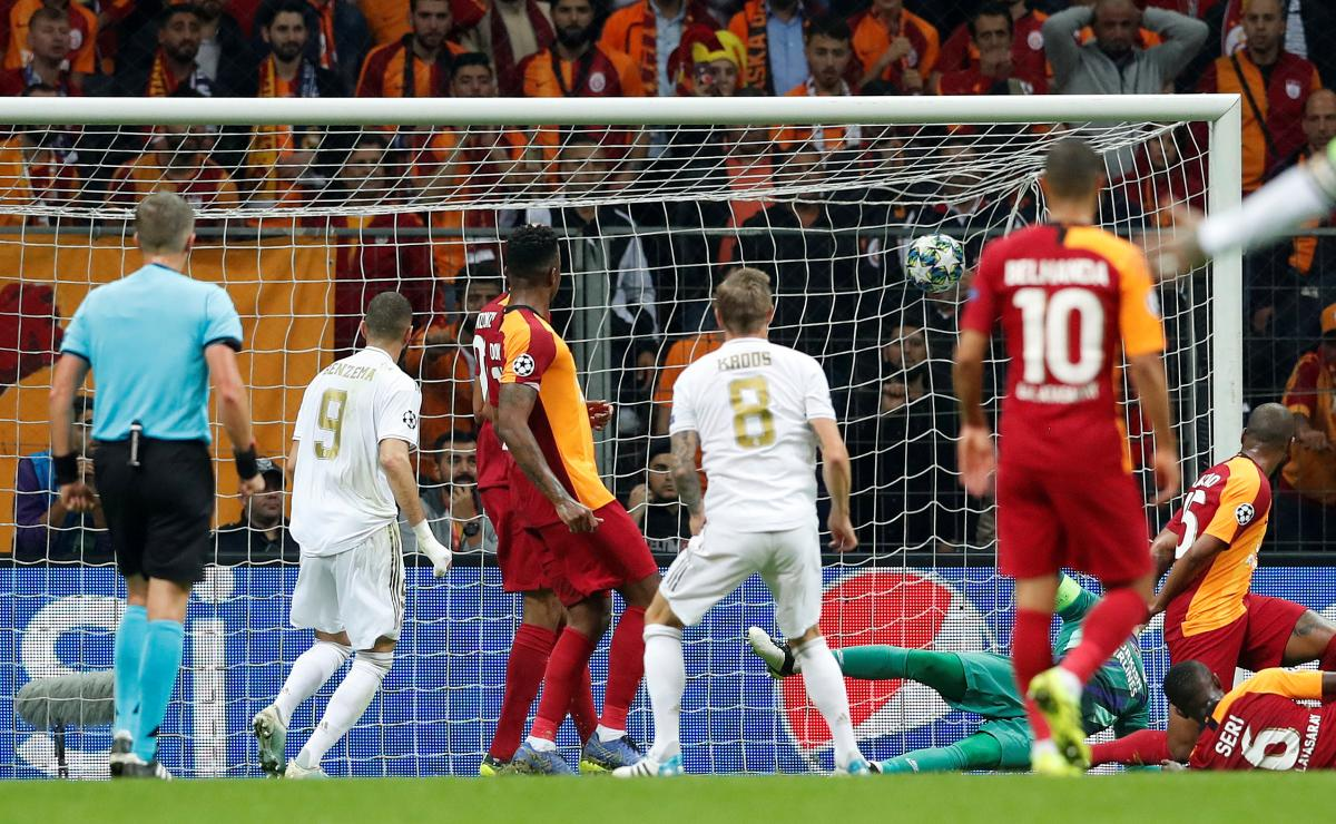 Галатасарай - Реал / REUTERS
