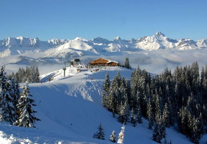 К каждому сезону французские горнолыжные курорты готовят что-то новое / Фото Регионального комитета по туризму Овернь-Рона-Альпы