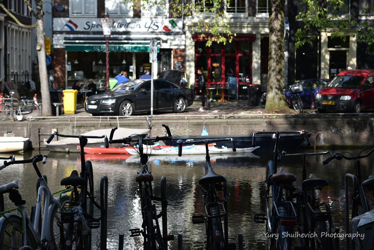 Амстердам - велосипедна столиця світу / фото Yury Shulhevich