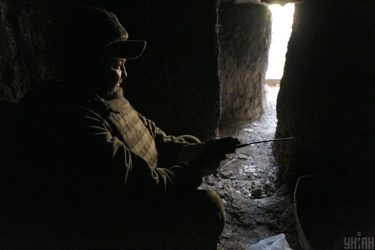 Українські військові потерпають від ворожих обстрілів / фото УНІАН