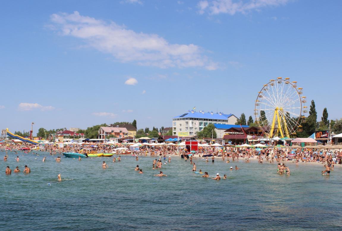 """Одной из самых больших проблем курортной зоны Херсонской области является отсутствие отелей со """"звездами"""" / фото kirillovka.ks.ua"""