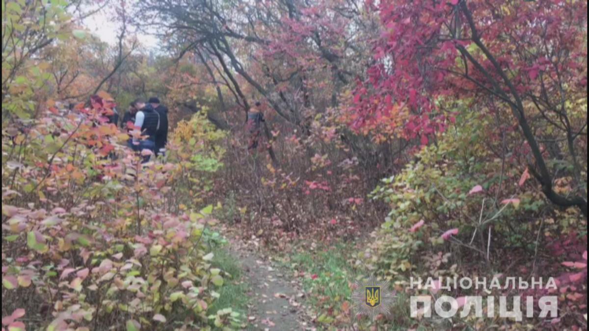 Тело ребенка без признаков жизни было найдено в лесополосе / фото od.npu.gov.ua