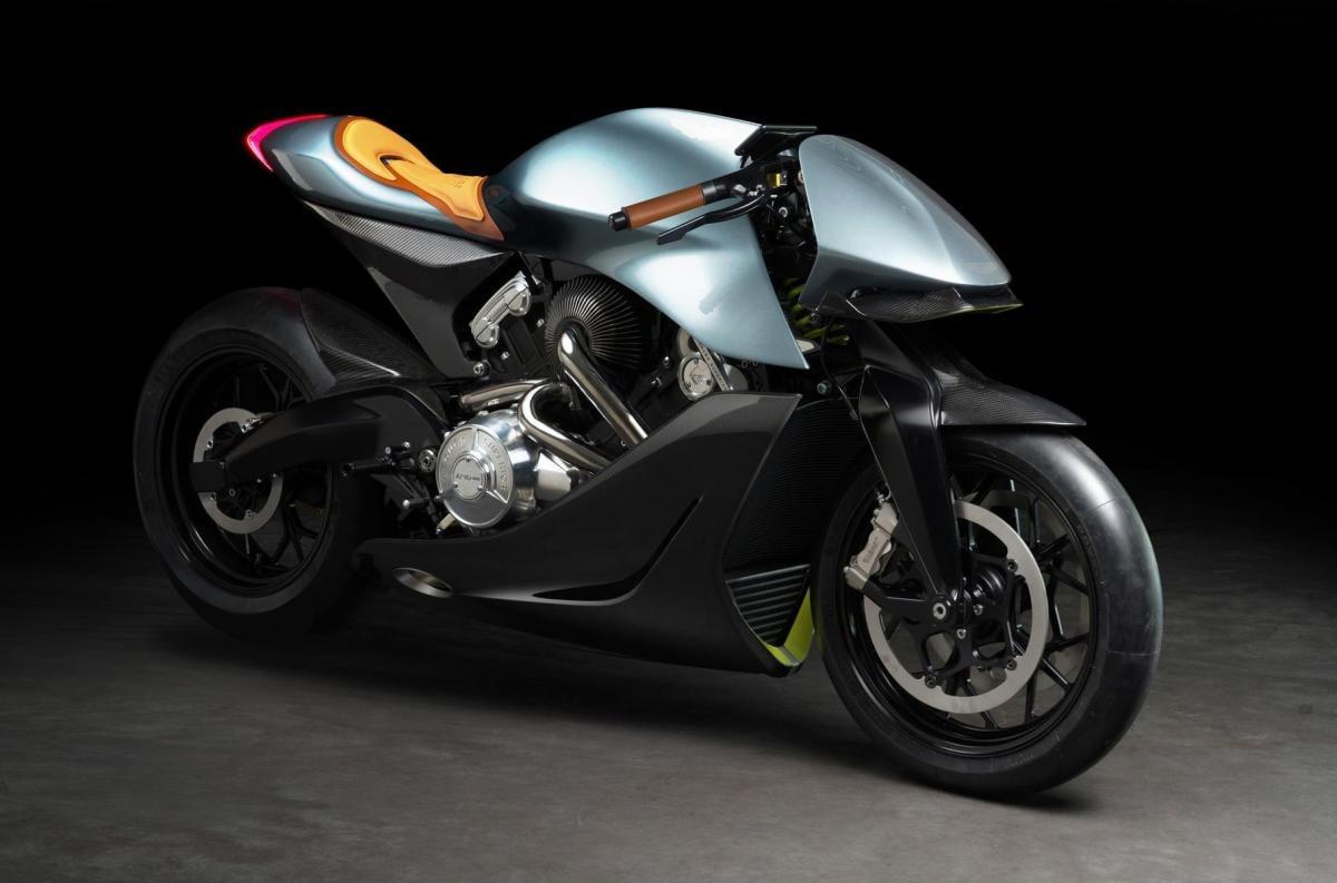 Тираж мотоцикла ограничат 100 экземплярами / фото Aston Martin