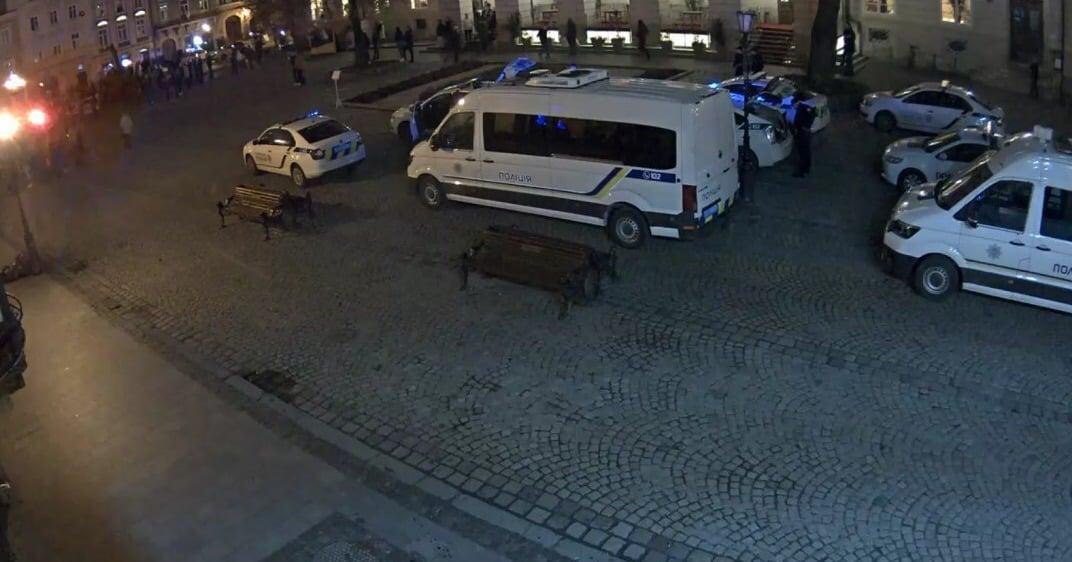 У Львові сталась сутичка футбольних фанатів / Поліція Львівської області