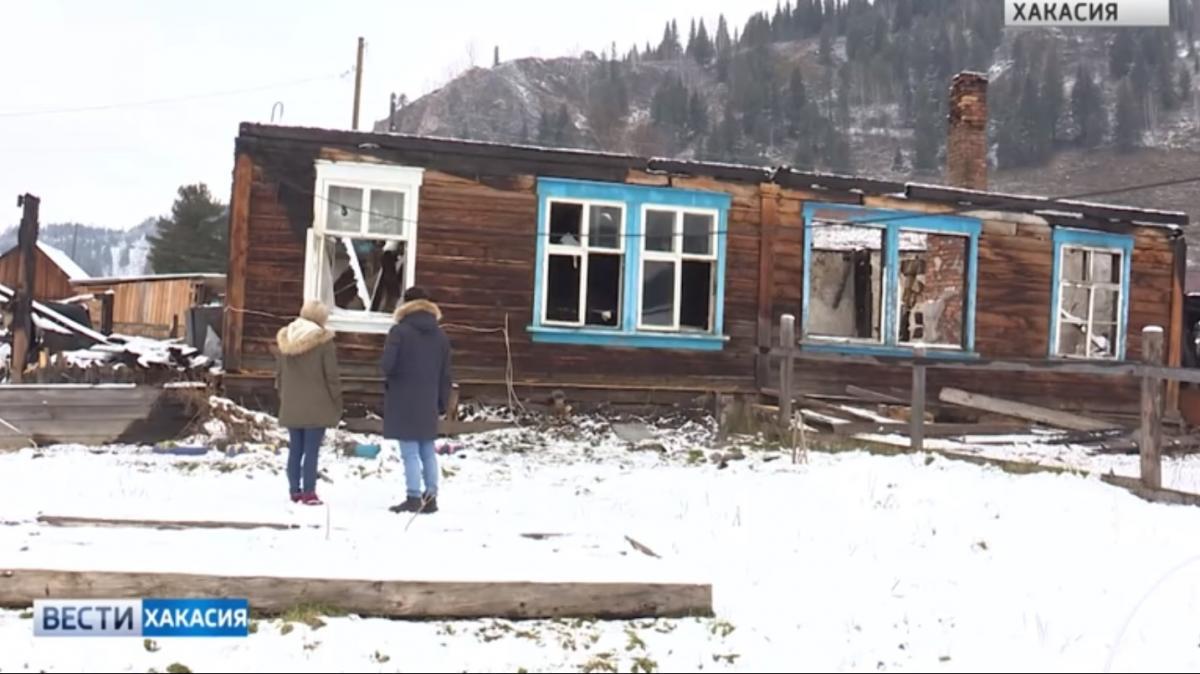 Дома Иван Шнайдер поджигал ночью, когда не находился на дежурстве./ скриншот