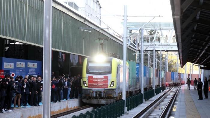 Поїзд проведе в дорозі 20 діб / фото cfts.org.ua