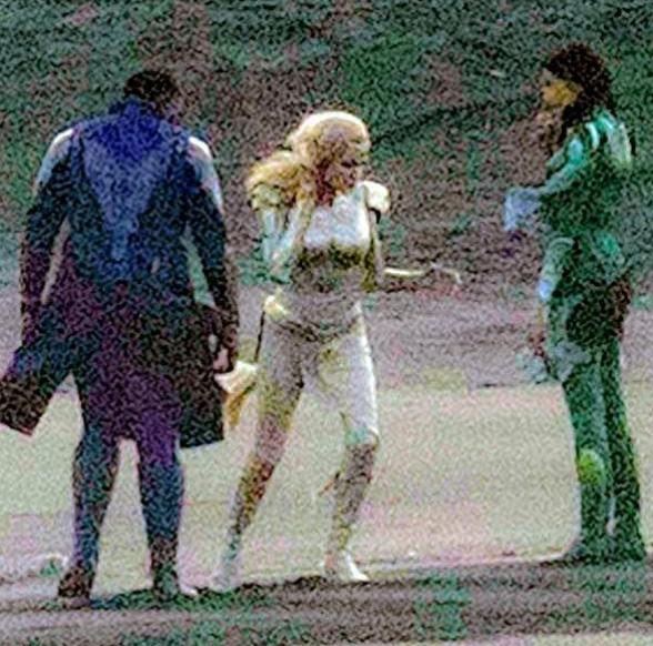 АнджелинаДжоли в костюме Тены / Daily Mail