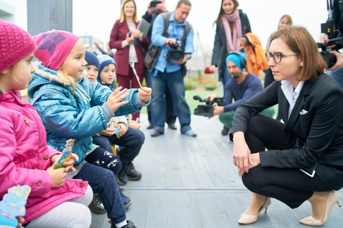 Спільно з місцевими органами влади МОН ставитьза ціль або побудувати, або реконструювати 100 дитячих садочків / фото mon.gov.ua