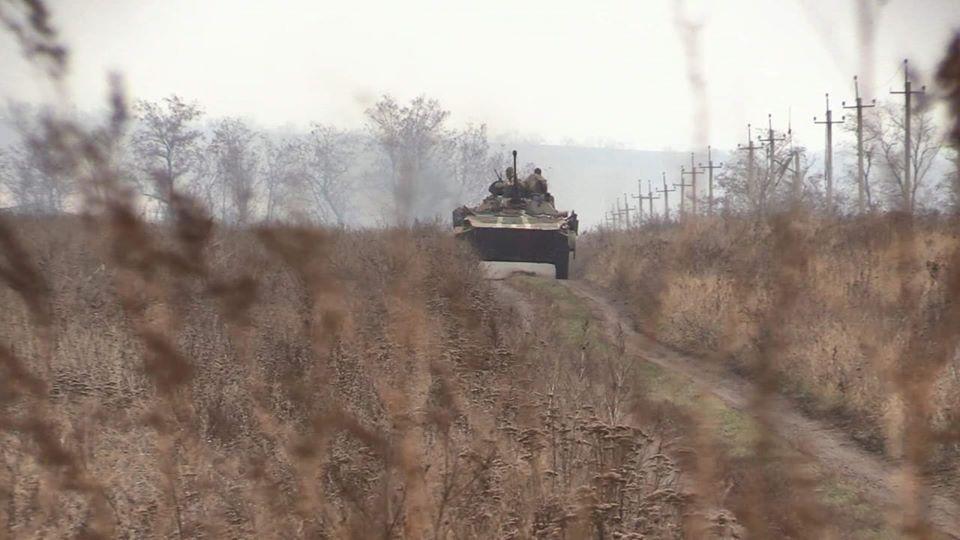 В районе Петровского началась практическая фаза разведения сил и средств / фото facebook.com/pressjfo.news