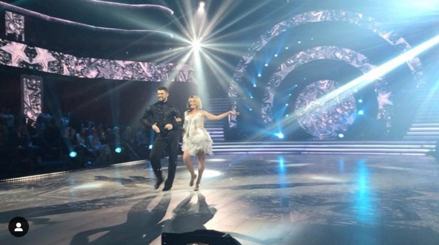 После исполнения танца за жизнь шоу покинула пара Елены Кравец и Макса Леонова / фото instagram.com/tanci1plus1/
