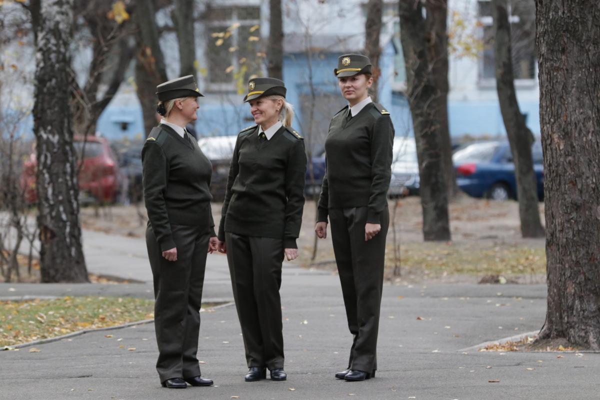 В ВСУ завершилось тестирование женской повседневной формы одежды \ armyinform.com.ua