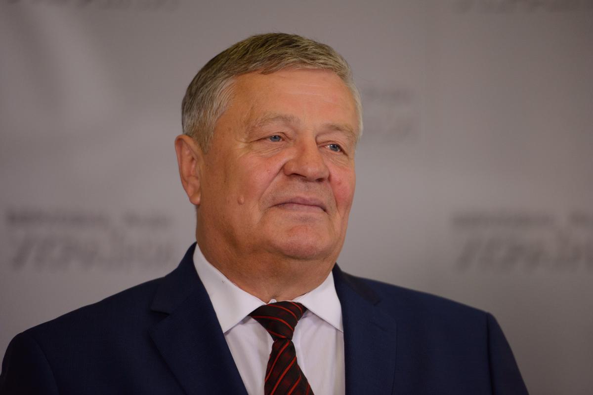 """Нардеп – соавтор одного из законопроектов об уголовной ответственности за """"кнопкодавство"""" / zik.ua"""