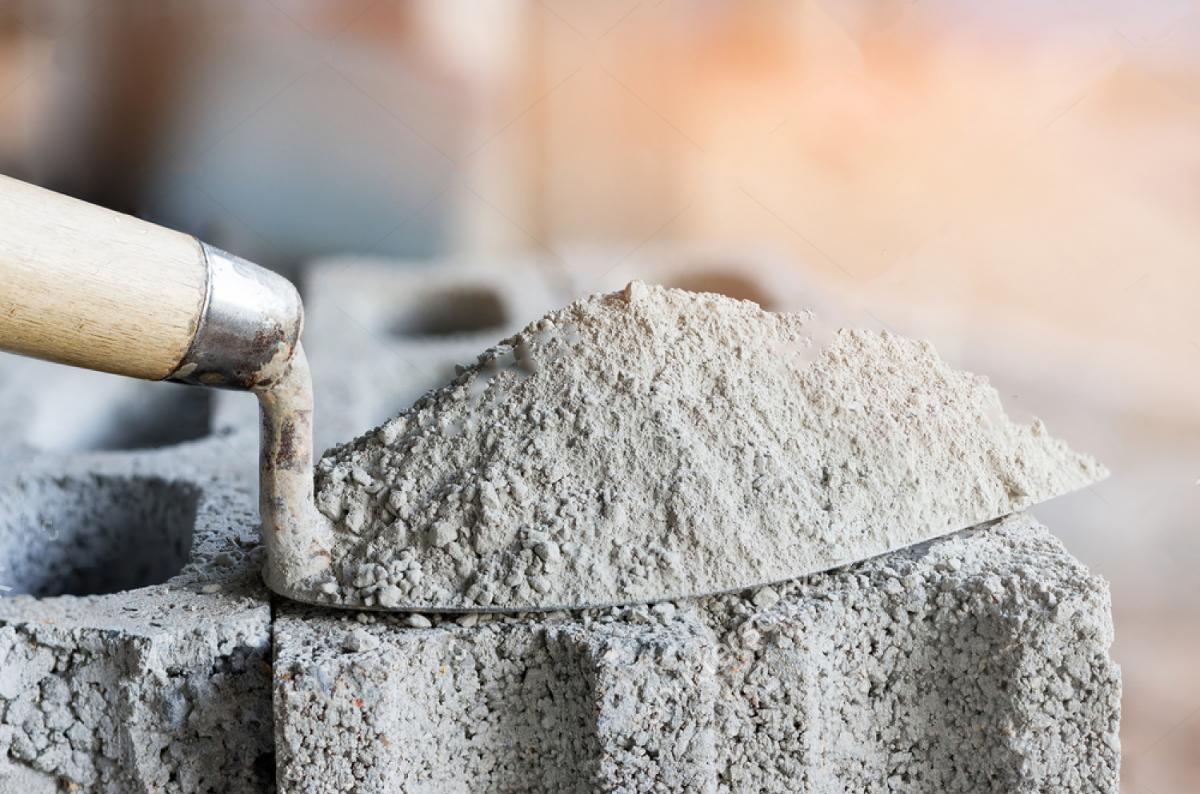 Понад половини цементу на ринку в Україні – фальсифікат / pronto-costo