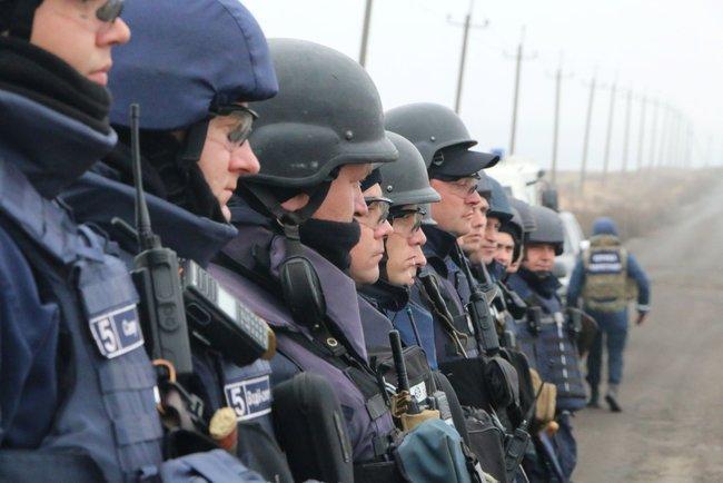 От Главного управления привлекалось 4 пиротехнические расчета / фото dsns.gov.ua
