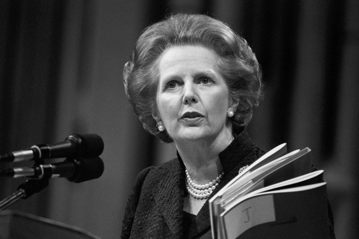 22 ноября 1990 года о своей отставке объявила Маргарет Тэтчер / mir24.tv