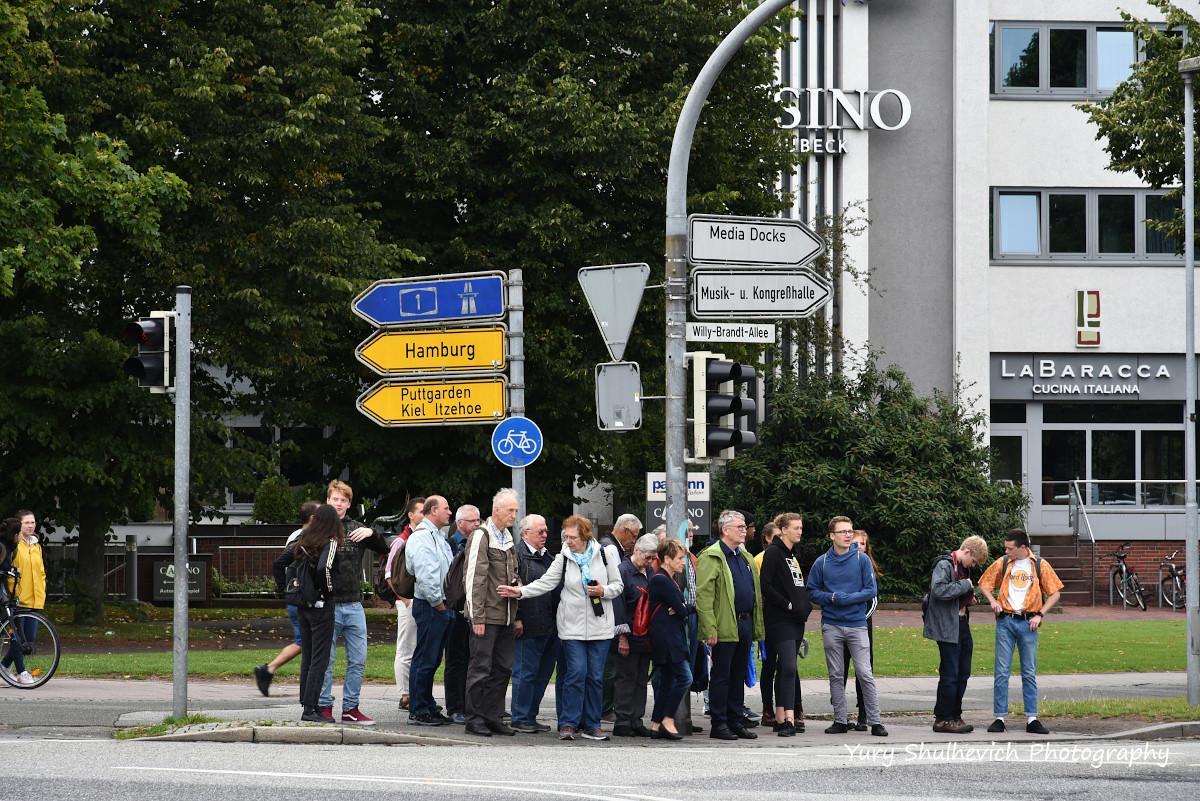 Туристи у Любеку / фото Yury Shulhevich