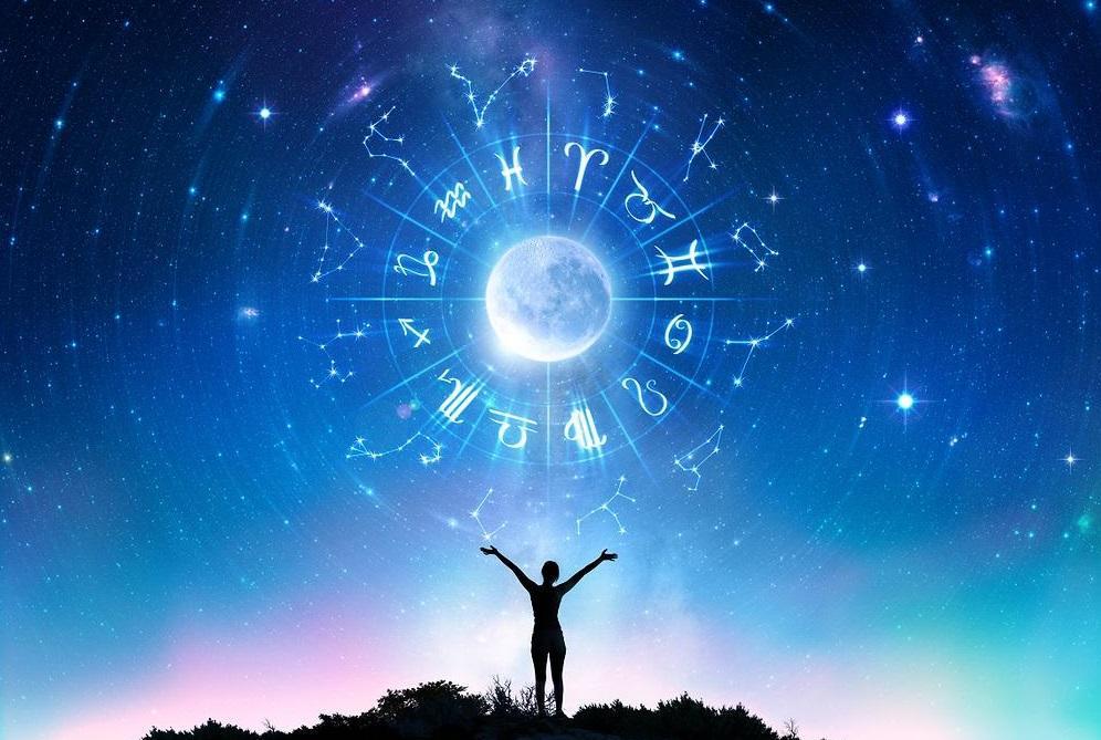 Астролог дав прогноз на наступний тиждень / фото: Shutterstock