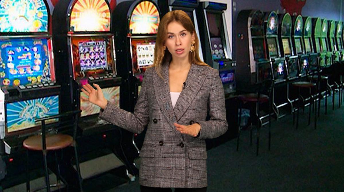 Щоб дізнатися про тіньову сторону лотерейного бізнесу, агент «Грошей» «перетворюється» на інвестора такого бізнесу з наміром відкрити власний гральний зал