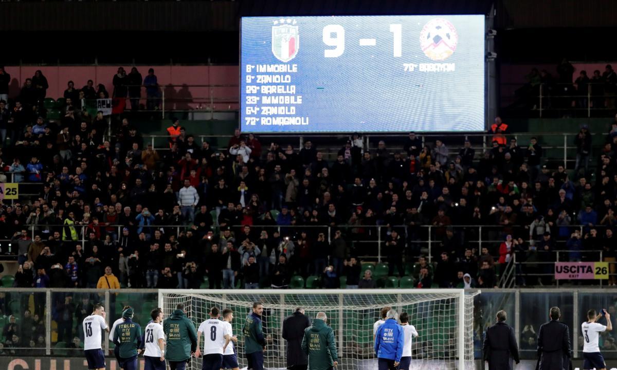 Италия - Армения / REUTERS