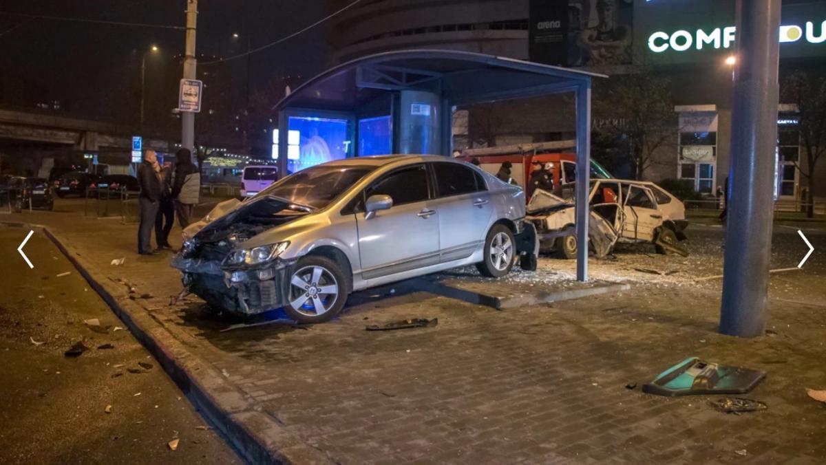 Водієві ВАЗу знадобилася госпіталізація / фото: Інформатор