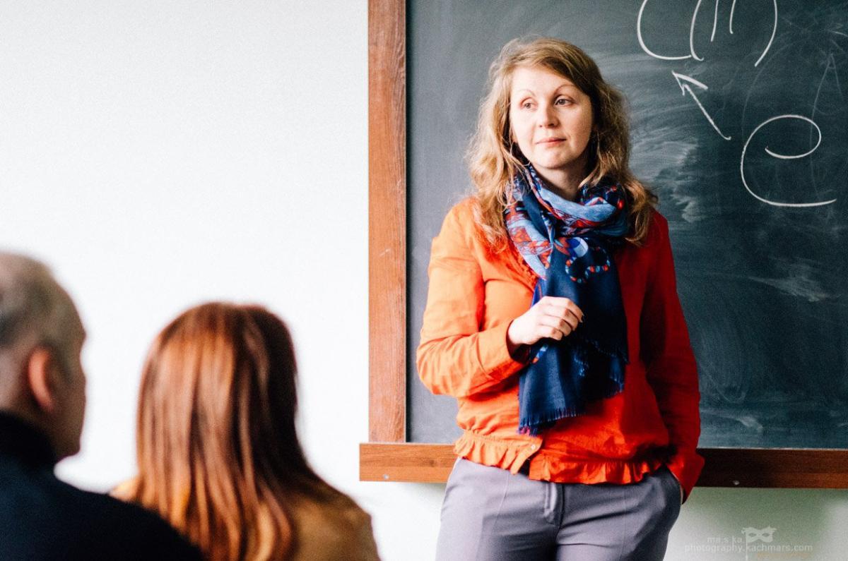 У людей, які пережили Голодомор або були свідками смертей, розвиваються посттравматичні реакції, пояснює психотерапевтка / facebook.com/viktoriykagorbunova