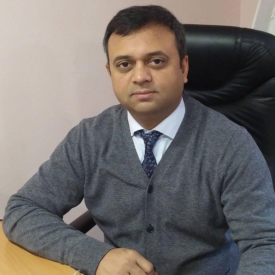 Бизнесмен Нагендер Парашар утверджает, что проблемы с расизмом существуют во всем мире / фото facebook.com/nag.par